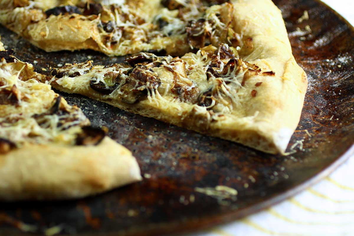 Mushroom-Leek Pizza Recipe — Dishmaps